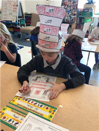 Students Celebrate Reading With Dr. Seuss photo 4